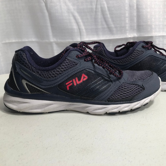 FILA COOLMAX MEMORY FOAM WOMEN'S SHOES SZ. 9